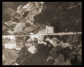 Aerial photo of the camp, around 1943-1944 (photograph United States Holocaust Memorial Museum).